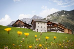 Mesnerhof-C-Tirol-Community-Retreat__Resized